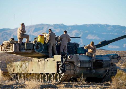 """美军""""大国竞争""""战略实行,海军陆战队司令称:2030年对抗中国"""