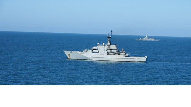 趁美国海军暂停巡航,俄海军50艘战舰出动,全球三大海域同时出击