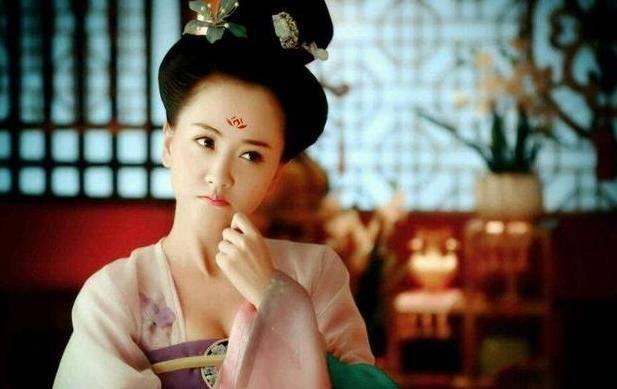 盘点明星讲述拍戏的心酸,王鸥透露她为什么不演妈,引起众人热议