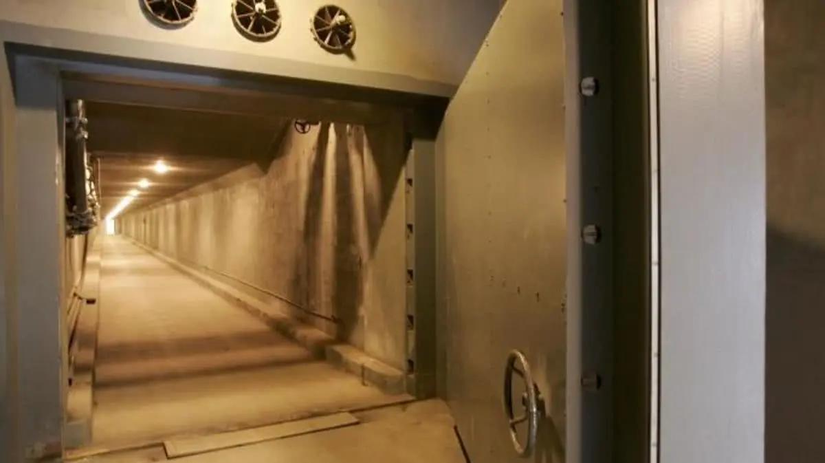 以色列新型冠状病毒肆虐,紧急启用科幻末日地堡,能抗核爆炸冲击