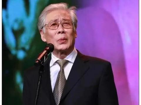 演活康熙的焦晃,一生三段婚姻,今84岁被力邀出演同岁的钟南山