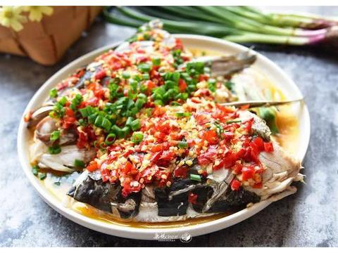 春节鱼头这样做,让您鼠年鸿运当头,连不吃辣的广东人都赞不绝口