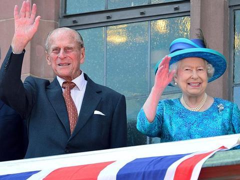 伊丽莎白二世和菲利普亲王时隔两年多,重新住在一起!