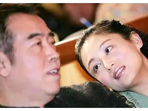 陈凯歌与倪萍同居多年,丝毫不提结婚,为何分手后转身娶了陈红?
