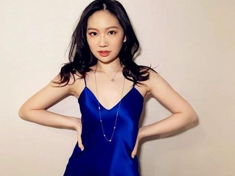 甄子丹16岁女儿近照曝光,同刘亦菲合照更胜一筹