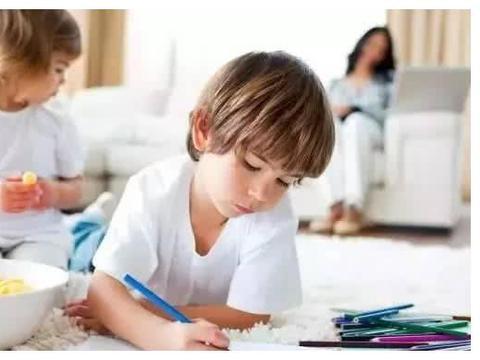 如何培养孩子兴趣爱好?家长自己做到这三点!家长真该好好听听!