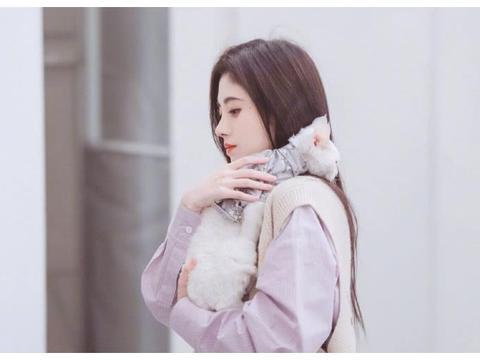 《朋友请听好》发布鞠婧祎剧照,今天也是被鞠婧祎颜值惊艳的一天