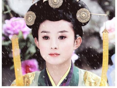 赵丽颖两次做配,杨幂一次,她却出道女主还不红,于正看走眼了?