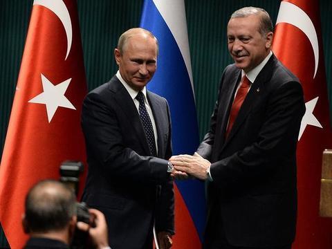 土耳其找俄罗斯合作就可让掠夺叙北油田合法化:问过叙利亚了吗?