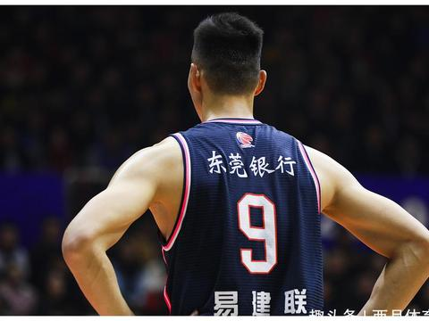 中国男篮筹备延长一年!杜锋机遇挑战并存,四国手年龄超标落选