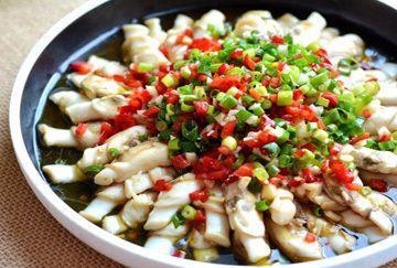 美食推荐:蒜香蛏子、生煎五花肉卷饼、松子爆鳝丝制作方法