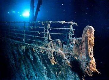 风暴过后,英国海滩出现19世纪神秘沉船,历史或有133年