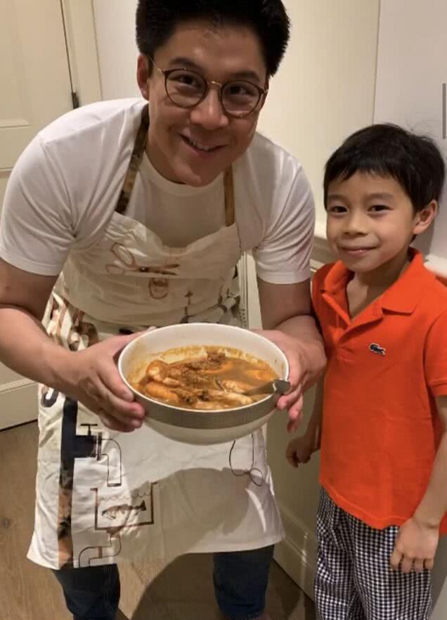 霍启刚7岁儿子做菜获赞,不愧是奥运冠军的孩子,富4代的榜样!