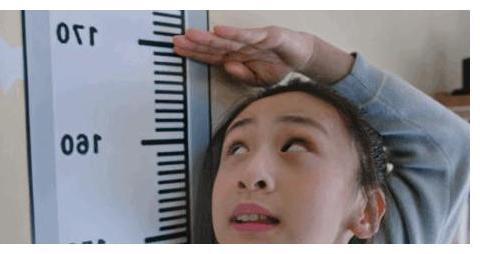田亮女儿近照曝光,11岁的她身高竟170,网友:叶一茜食谱的原因