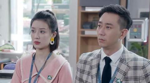 王自健:被散打冠军前妻家暴,还得了抑郁,如今传出新恋情?