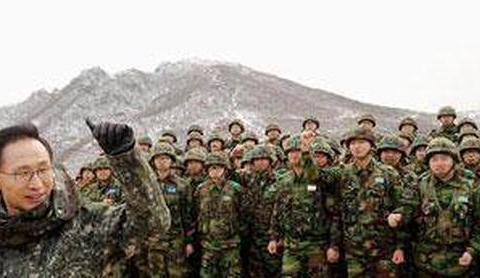 600多名记者,2000名警员,李明博要火爆世界!