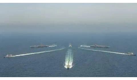 局势不妙,美军2个核航母战斗群已经抵达海湾,矛头直接对准伊朗