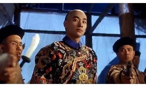 帅气的功夫演员赵文卓,看起来书生气十足,背后却有7个痴情女人