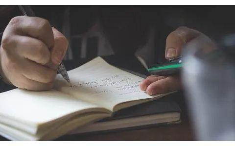 橡皮综合症?乱找东西?孩子写作业时常见的5大问题,家长要重视