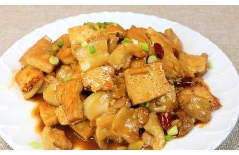 煎豆腐超级的好吃,煎豆腐五花肉和鸡蛋煎豆腐,味道一级棒呢