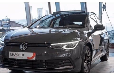 大众新一代高尔夫实车,海外售价约18万,网友:手动版很良心!