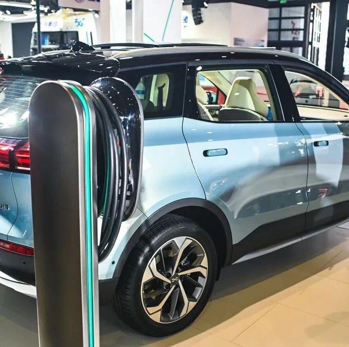 国家出大招促进汽车消费:二手车电商受益,新能源汽车概念股走强