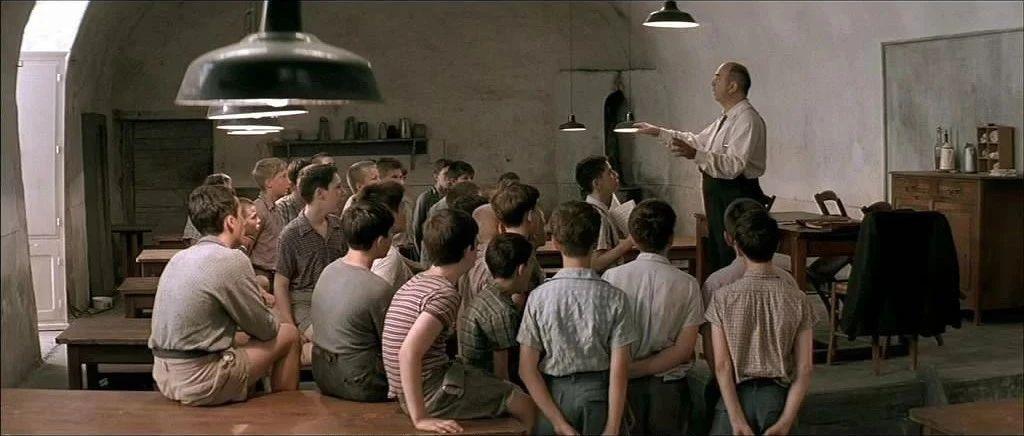 """【等深线】民办幼儿园""""新冠考验"""":抵押桌椅借钱发工资 多数不敢真裁员"""