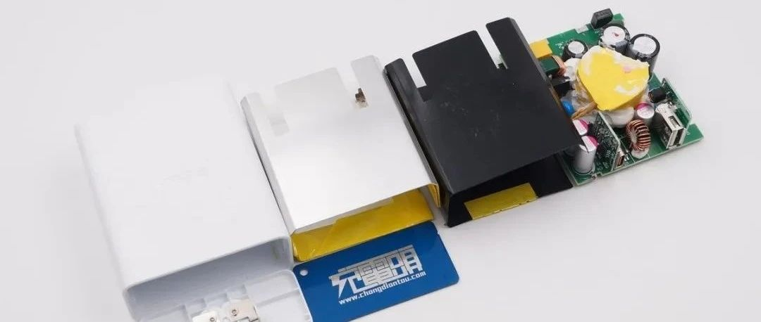 拆解报告:SONY索尼39W USB PD快充充电器1A1C