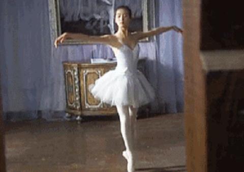学芭蕾舞的女孩气质有多好?看刘诗诗就知道了:兴趣要从小培养