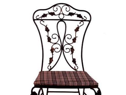 心理测试:累了你会坐哪把椅子休息,看看近期有什么好运向你奔来