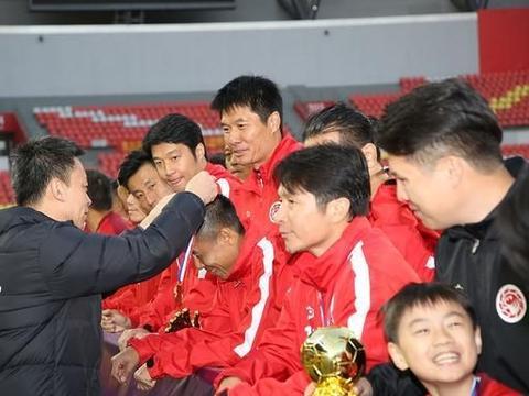 1995年足球采访日记:看广州太阳神(现恒大)训练+英超热刺来访