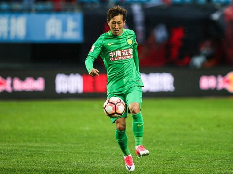 记者:国安金泰延伤愈归队,张玉宁本月下旬可有球训练