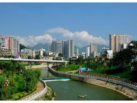 贵州让人失望的两个城市,一个被誉为黔东门户,一个矿产资源丰富