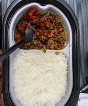 口袋里的湖湘味——领美湘派自热米饭