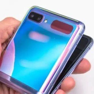 肉眼可见的未来感!三星折叠屏新机Galaxy Z Flip上手感悟