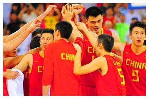 阿联自责不是好领袖,但更让人心酸的是,他退下后中国男篮还有谁
