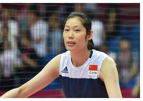 外国球迷评选梦之队,朱婷得票数碾压,而她则成为中国女排的二姐
