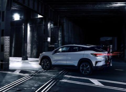 未来派汽车提前到来,内外炫酷科幻,中国造今非昔比