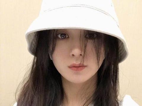 赵丽颖冯绍峰被曝离婚?曾谣言孩子血型和冯绍峰不符,这次又来?