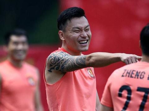 亚足联盘点亚冠中国球员TOP5,有人参加12次恒大球迷不满无郜林