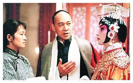 张丰毅与儿子张博宇关系为何那么差?嫌弃儿子长太丑,不是一路人