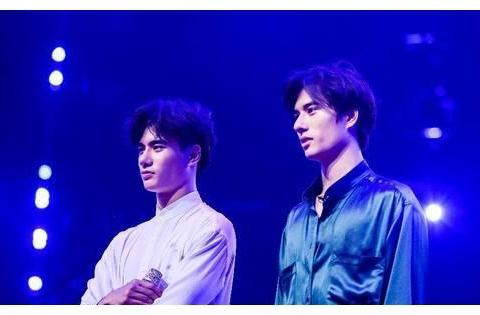 《舞蹈风暴》:双胞胎弟弟魏伸洲神模仿卓别林,能爆冷晋级吗?