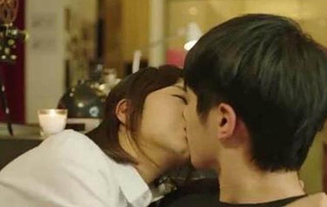 盘点明星的屏幕初吻!安以轩被吻20多次,而她更是奉献出人生初吻