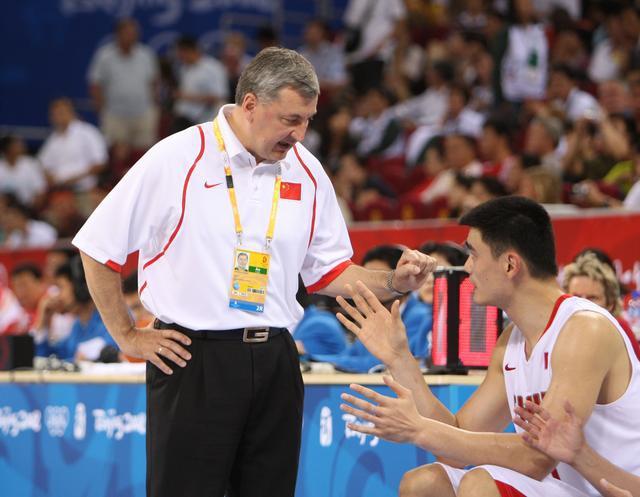 大胜沙特88分,大胜韩国44分!05年亚锦赛中国男篮阵容太强了
