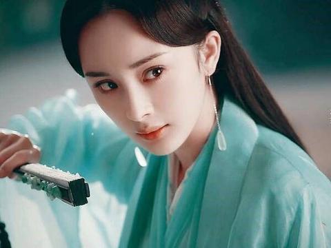 娱乐圈撞脸:虞书欣撞吴宣仪,张天爱撞王丽坤,她却撞了2个人