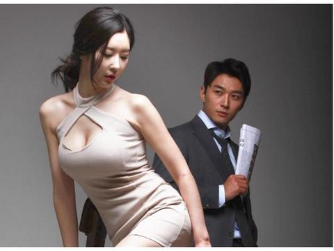 她是韩国国民妖精,内衣外穿走红毯,演情色电影被质疑假戏真做!