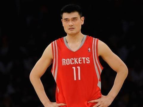 """NBA科尔称呼姚明""""支那人"""",面对偏见,姚明的回击让对方闭嘴"""