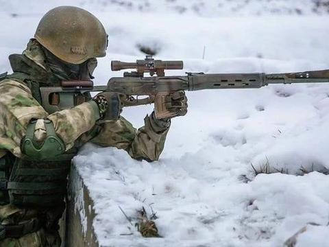 乌克兰大量招募狙击手,试图挽回败局,和俄罗斯狙击手有很大差距