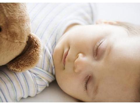 宝宝频繁伸懒腰,可能不是在运动,而是一种向妈妈求助的表现