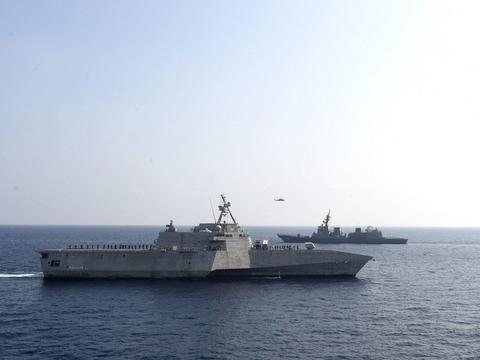 美日海军舰艇联手在印度洋海域演练